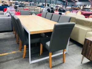 RECT DINING TABLE - NATURAL WITH WHITE LEGS (N) (CHAIRS MOVED TO ITEM 739)