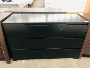 GROOVE DRESSER BLACK 6 DRAWER