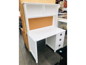 WHITE FLINDERS DESK AND HUTCH