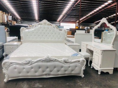 VIVERRA CLASSIC 5 PIECE PEARL WHITE BEDROOM SUITE - KING BED, 2 BEDSIDES, DRESSER WITH MIRROR AND STOOL