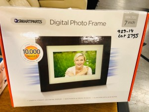 "SMARTPART 7"" DIGITAL FRAMES (SPA702)"