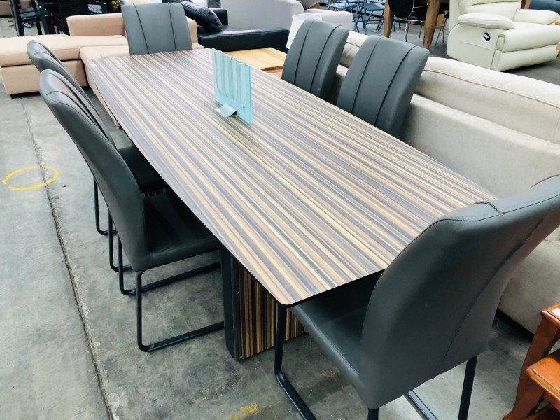 TABLE - CAN BE USE AS DINING OR BOARDROOM DESK - 2.4 X 900
