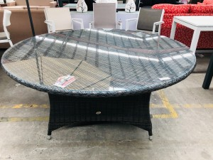 SHELTA AUSTRALIA ORBIT 1450 X 1450 ROUND WICKER TABLE WITH GLASS TOP
