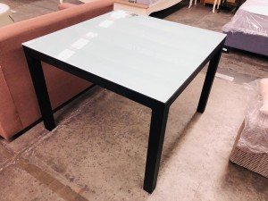 FROSTED GLASS TOP OUTDOOR DINING TABLE 1000 X 1000