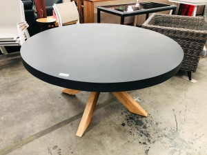 SHELTA AUSTRALIA ROUND BLACK TOP DINING TABLE 1500 X 1500 - DAMAGE TO BASE