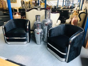 VILONE 2 X SINGLE SEATER IN BLACK WITH SILVER FRAME - SOLD AS A PAIR