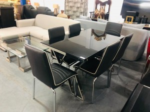 7 PIECE DINING SUITE - BLACK GLASS TOP TABLE & 6 BLACK & WHITE CHAIRS