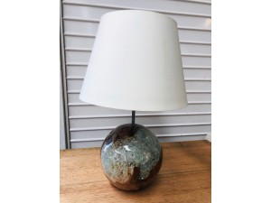 TEAK BALL RESIN LAMP WITH CREAM SHADE 22X22X47CM - SOLD AS IS