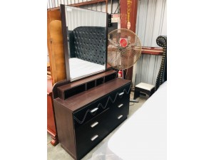 SUSAN DRESSING TABLE WITH MIRROR