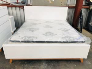 ASPEN KING BED - GLOSS WHITE