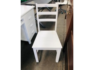 WOODEN CHAIR AVAILABLE IN NATURAL TIMBER FINISH OR WHITE