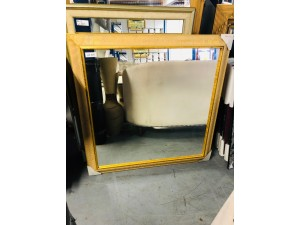 SQUARE GOLD FRAME MIRROR 107 X 107CM