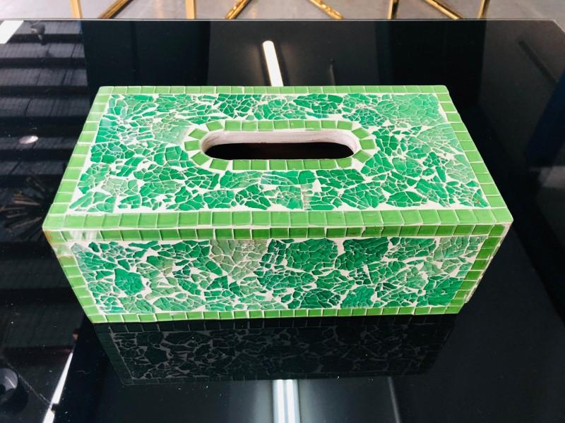MOSAIC TISSUE BOX - ASSORTED COLOURS