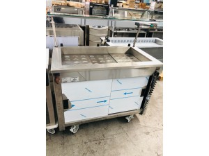 MOBILE DISPLAY COLD WELL WITH 3 STEEL EUTETIC(?) PLATES (VCPW3)