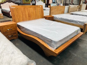 IMPERIAL QUEEN BED + 2 BEDSIDES - FACTORY SECOND