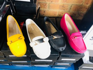 LADIES SHOES (ASSORTED STYLES AND SIZES)