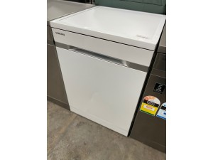 SAMSUNG DISHWASHER - WATERWALL S/S FREESTANDING (A-) PRODUCT: DW60H9970FS - SOLD AS IS - INCLUDES 30 DAYS WARRANTY FROM DATE OF PURCHASE SN: 63478