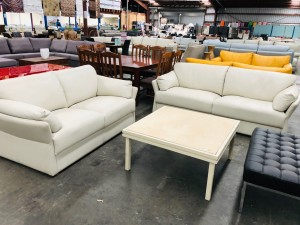 3 + 2 SEATER LEATHER LOUNGE SUITE - PREMIUM AMIATO (RRP$5800)