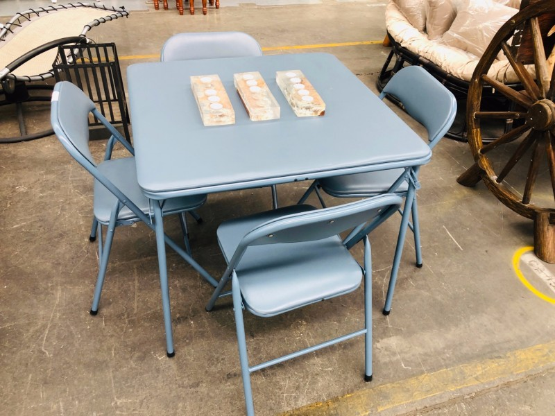 FOLD UP TABLE AND CHAIRS IN BLUE