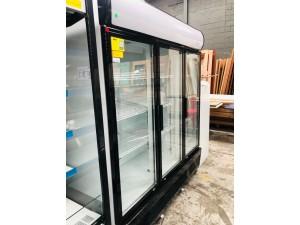 LG-1500GEF - TRIPLE GLASS DOOR COLOURBOND UPRIGHT 2/3FRIDGE & 1/3 FREEZER 1800X690X2079