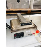 ANUIL AXIS CONTACT TOASTER SOLD AS IS