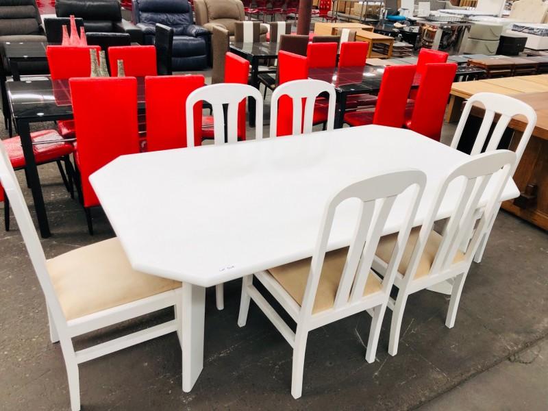 7 PIECE WHITE DINING SUITE