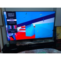 """SAMSUNG 75"""" 4K QLED SMART TV - PRODUCT#QA75Q70TAW - SOLD AS IS - COMES WITH 30 DAYS WARRANTY FROM THE DATE OF PURCHASE SN:111754- FADED COLOUR"""