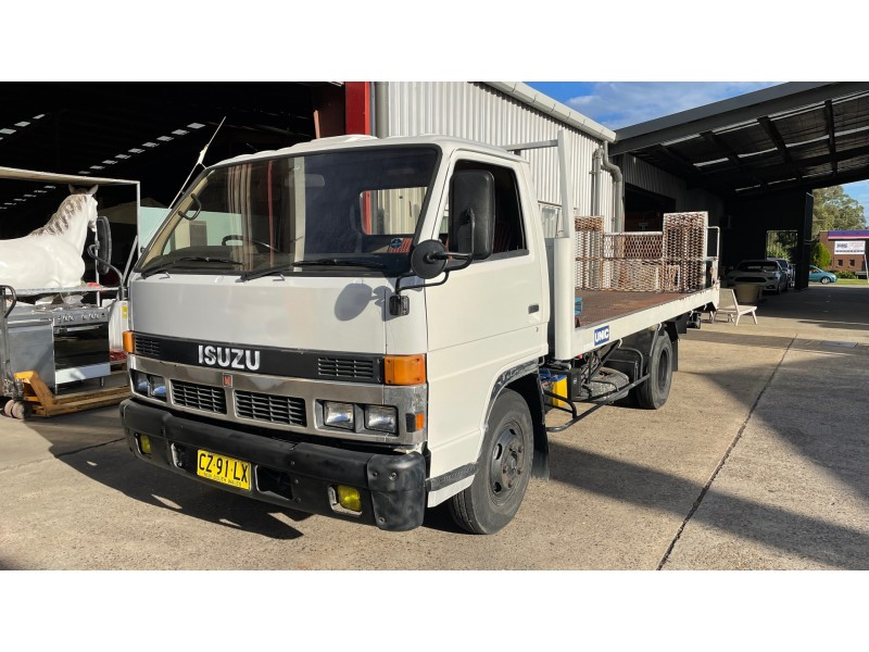 Isuzu NPR Elf Tilt & slide tray truck, Manual Diesel  5 Months NSW rego