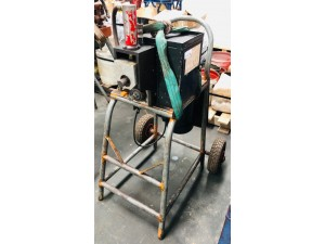 SMALL PIPE ROLL GROOVER ON WHEELS