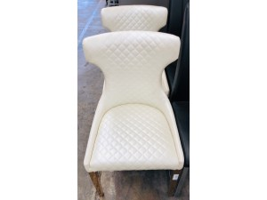 CREAM ACCENT CHAIR WITH GOLD LEGS