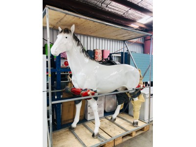 WHITE FIBRE GLASS HORSE STATUE - SLIGHT DAMAGE TO ONE EAR SOLD AS IS