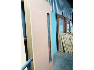 SOLID ENTRANCE DOOR 920X2340X40MM - SIDE PANEL FROSTED GLASS