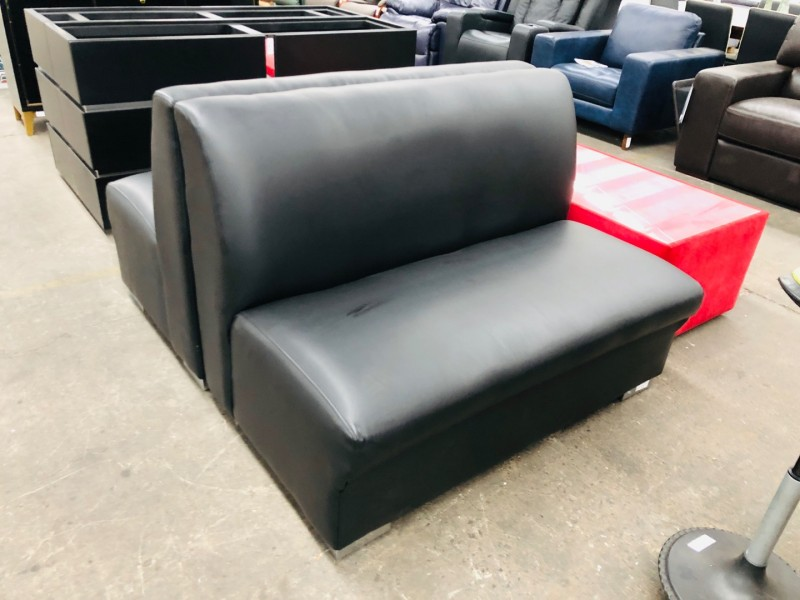 BLACK BONDED LEATHER RESTAURANT BENCHES / SOFAS 2 X 2 SEATERS